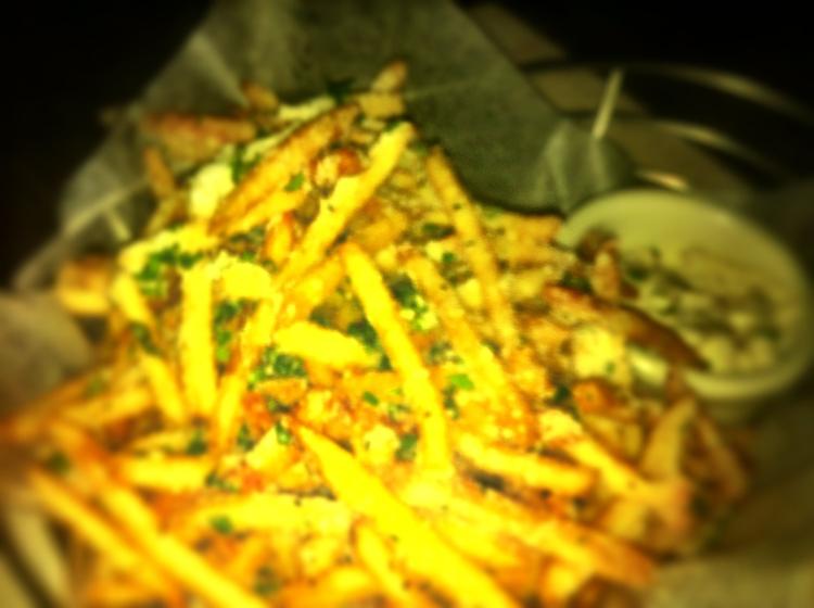 Fries with truffle aioli