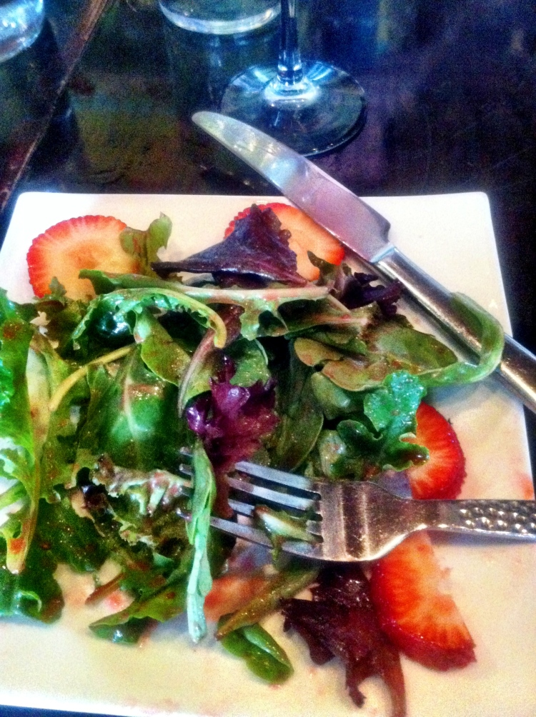 salad, strawberry, cafe 21