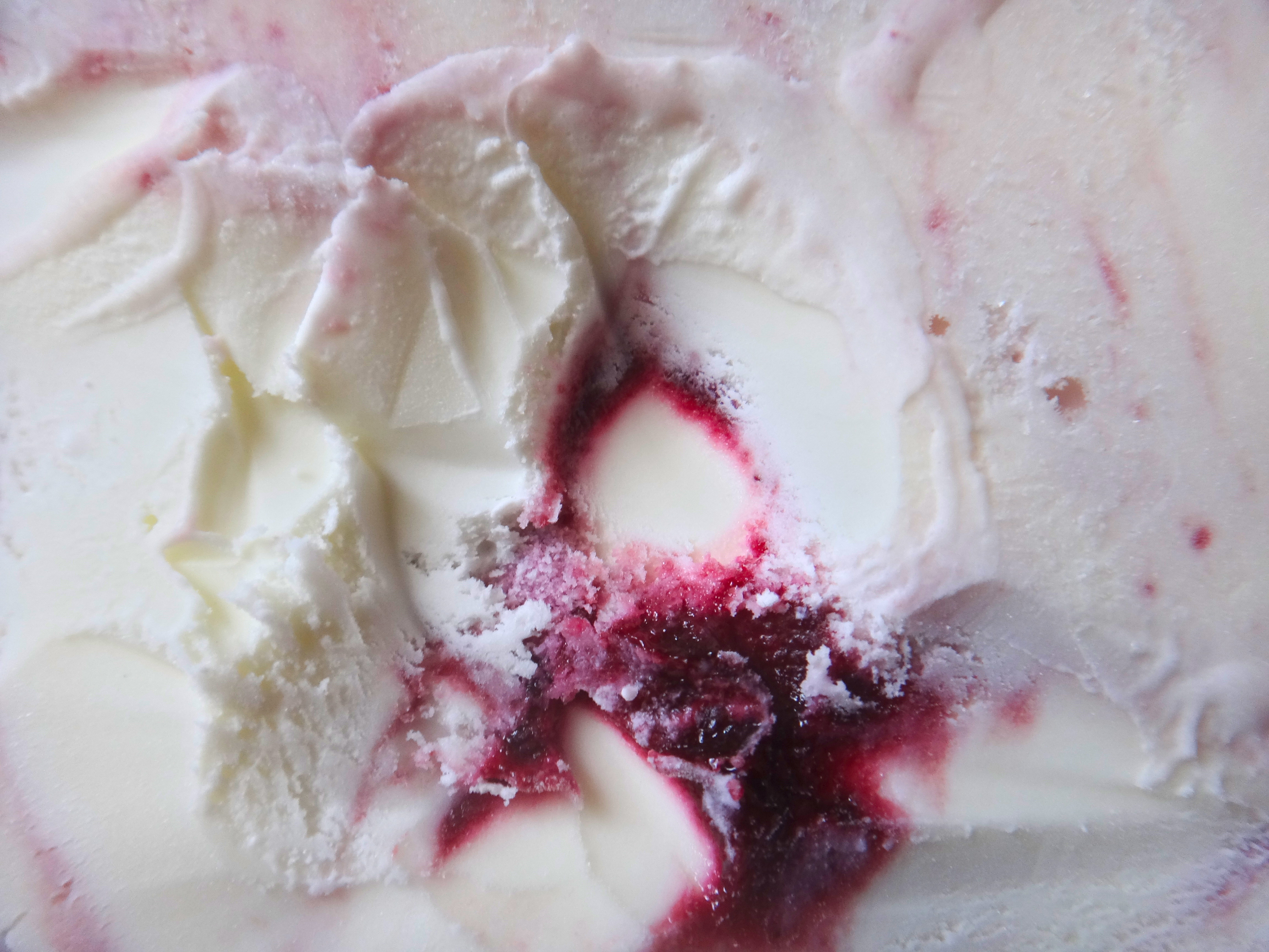 Zelda Collection: Jeni's Blackberry + Cream